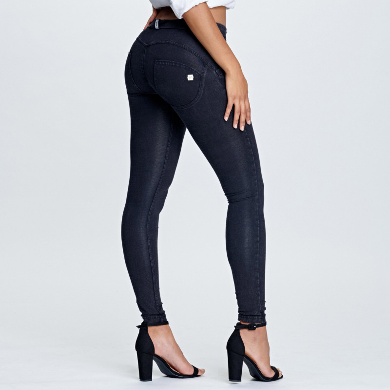 WR.UP® SHAPING EFFECT - OBNIŻONY STAN - SKINNY – COOL DYED NYLON