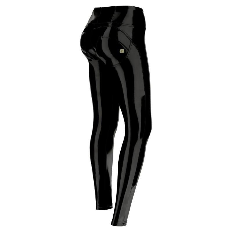 WR.UP® Ekoskóra - Spodnie Skinny z niskim stanem w kolorze brązowym z motywem wężowym