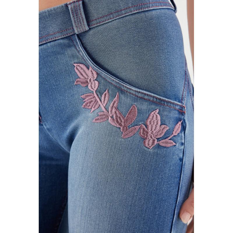 WR.UP® Ekoskóra - Spodnie Skinny z regularnym stanem w kolorze czerwonym