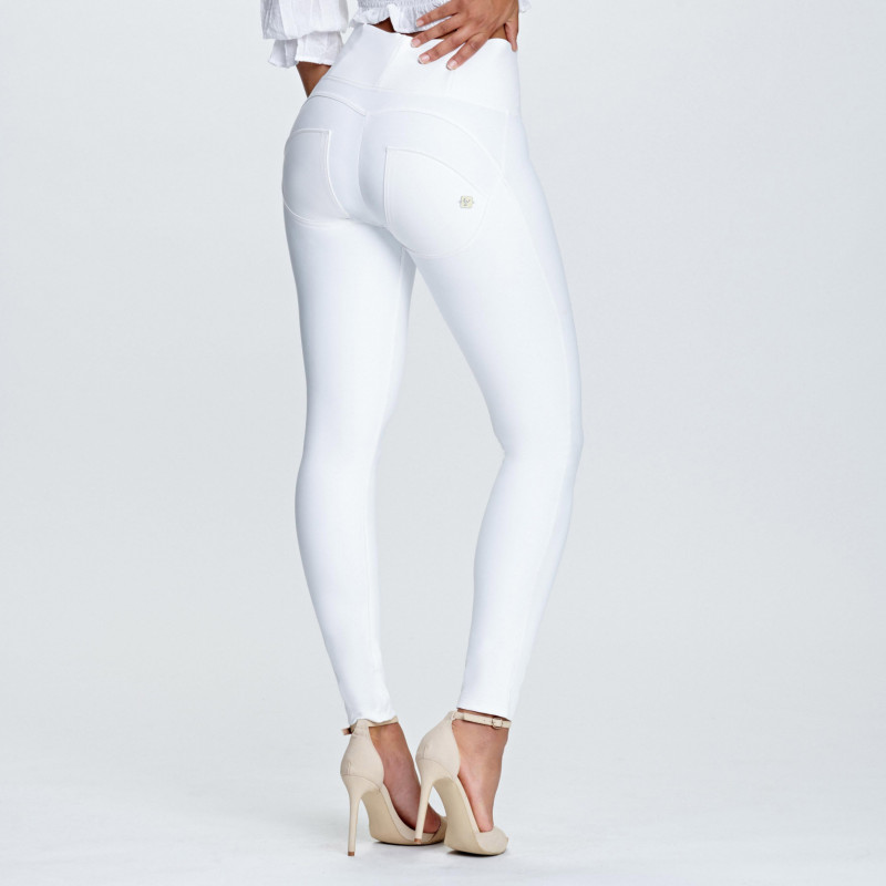 WR.UP® Denim - Spodnie Skinny z wysokim stanem w kolorze jasnoniebieskim z żółtymi szwami