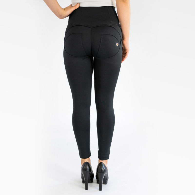 WR.UP® - Regular Waist Skinny - Black - N0
